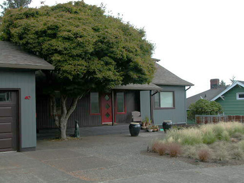 exterior-mid-century-ranch