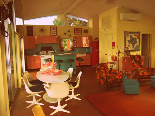 mid-century-retro-dining-room