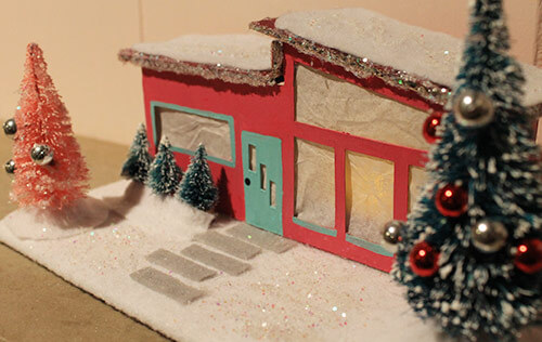 mini ranch christmas house with trees retrocraftyartsyfartsy - Mid Century Christmas Decor