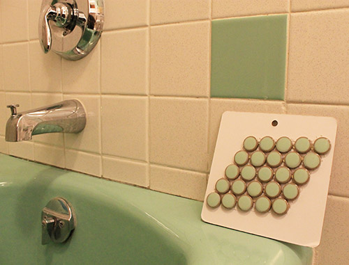 penny-round-vintage-green-tile-matches-tub