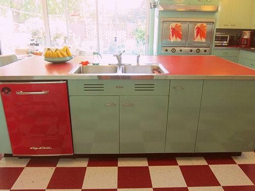 blue red kitchen