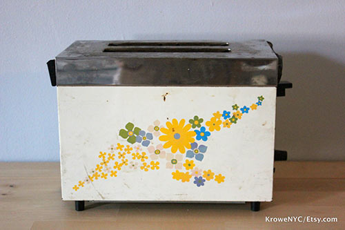 retro-groovy-toaster