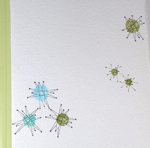 retro-starburst-design-on-wall