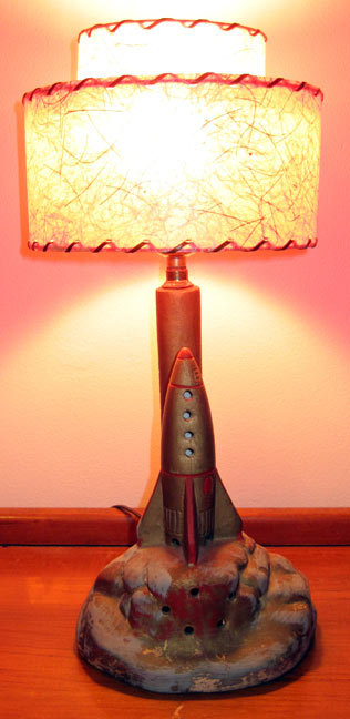 1964-Buck-Rogers-Rocketship-lamp