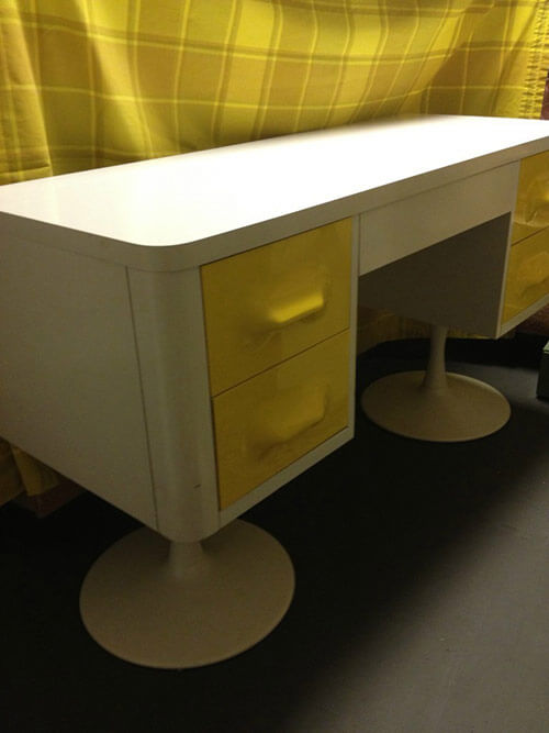 Broyhill-Premier-Chapter-One-desk