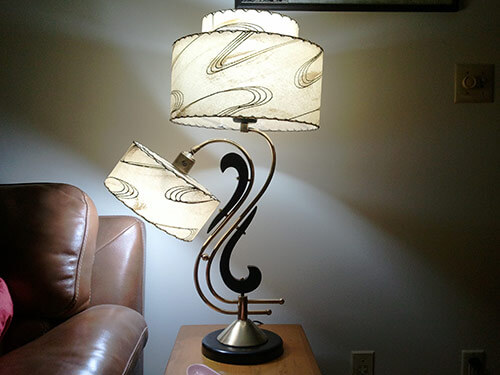 20 dazzling vintage table lamps -- Moss, Majestic and more ...