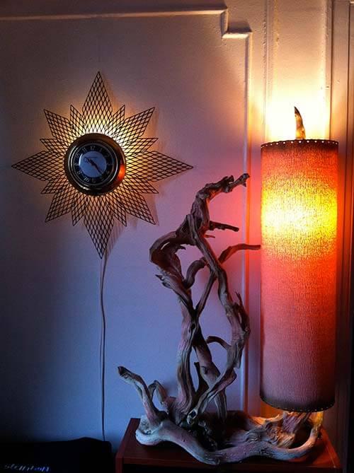 Driftwood-50s-lamp