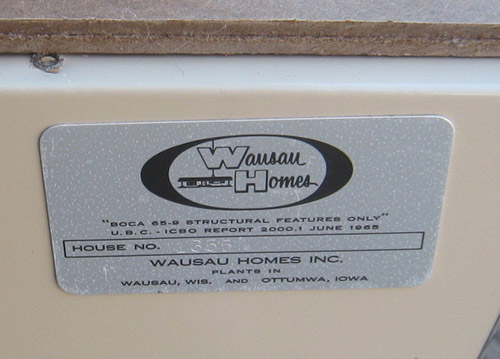 Wausau-Homes-bath-vanity-plaque