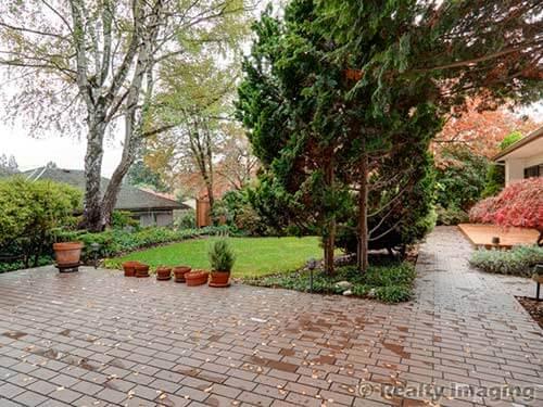 back-patio-midcentury-house