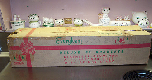 evergleam-christmas-tree-box