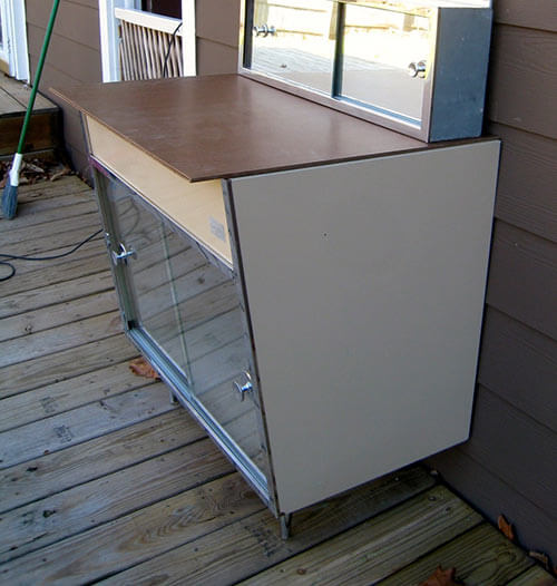 Cool retro mid century metal bath vanity