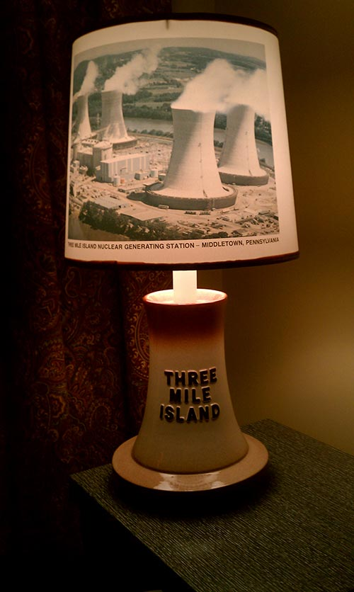 three-mile-island-retro-lamp