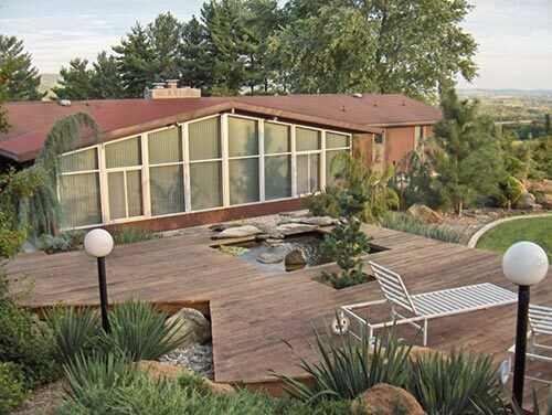 mid-century-ranch-house-exterior