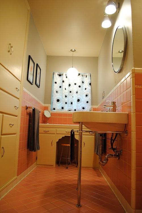 Top 12 reader renovation and decorating projects of the for Pink retro bathroom ideas