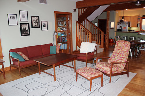 retro-modern-farm-house-living-room