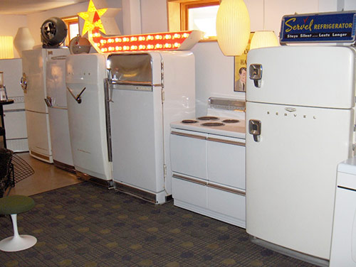 vintage-kitchen-appliances