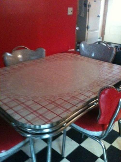 1953-vintage-red-dinette-chrome