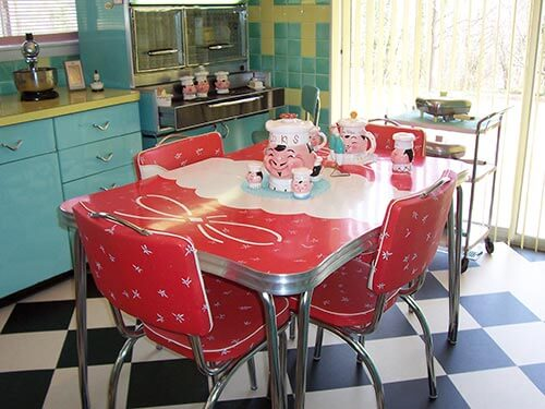 23 red dinette sets - vintage kitchen treasures - retro renovation