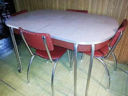 red-and-white-vintage-dinette-KathyD