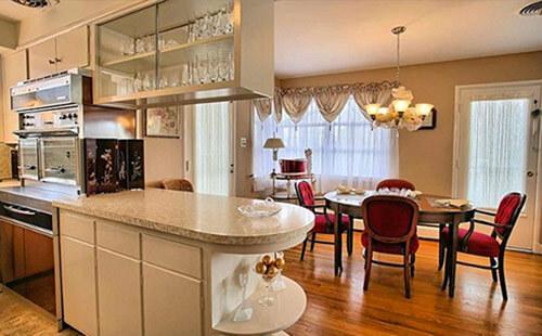 vintage-mid-century-kitchen