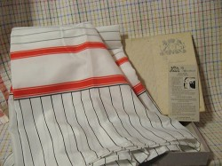 vintage-red-and-black-sink-skirt-NIB