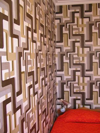 vintage wallpaper bedroom
