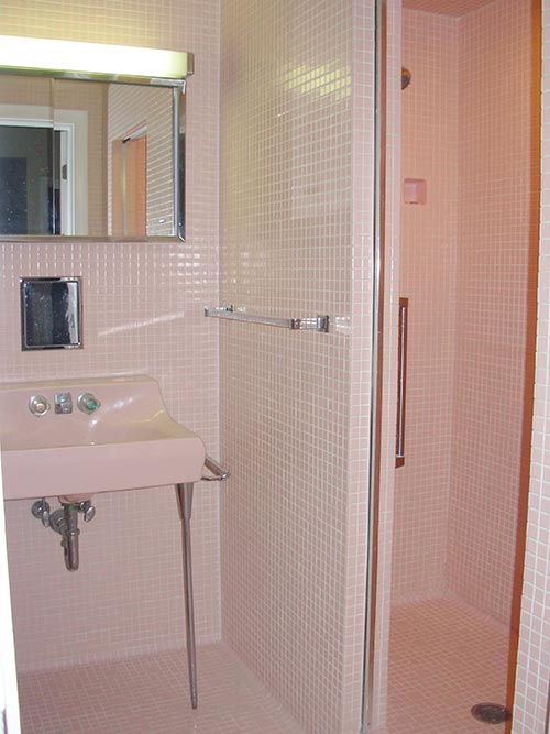 pink-mosaic-tile-bathroom-with-hall-mack-toothbrush-holder