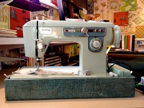 vintage-sewing-machine-brother