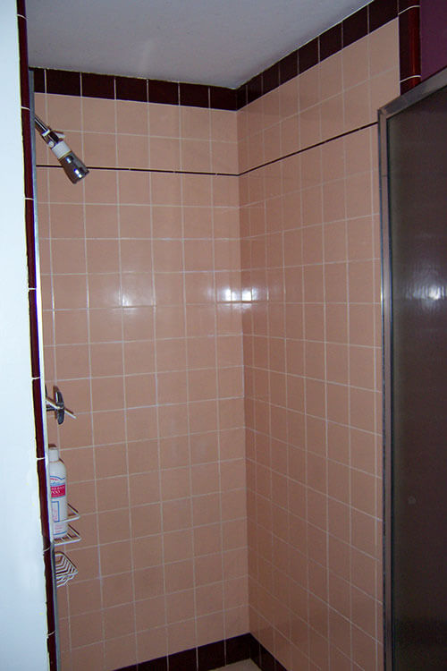 Original Peach And Mauve Ceramic Tile Shower Retro