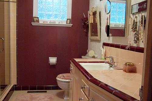 Marsha saves her peach tile bathroom with help from b w Mauve bathroom