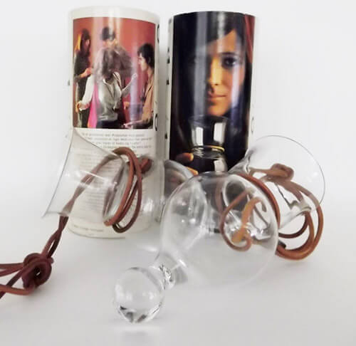 retro-hippie-hands-free-party-glass-necklaces