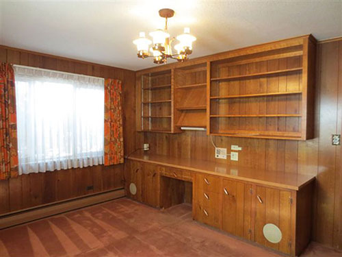vintage-built-in-office-shelves