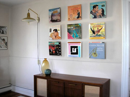 Favori Displaying old album covers as art - Ideas from 8 reader homes  CY28