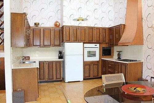 mid-century-retro-70s-kitchen