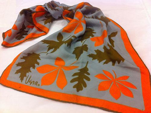 vintage-vera-leaf-scarf