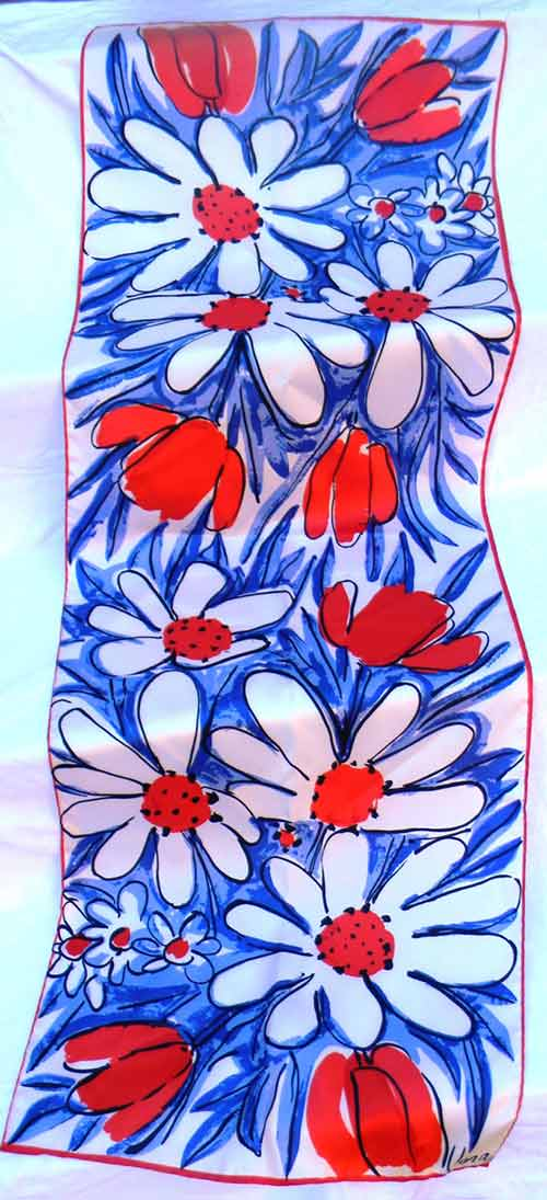 vintage-vera-red-white-and-blue-flowered-scarf