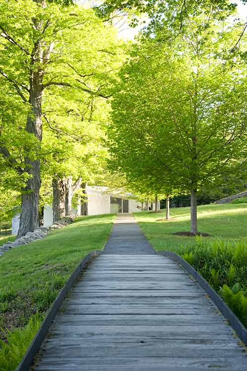 Glass House path to sculpture