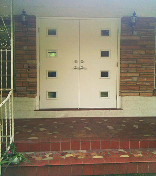 front entry door retro