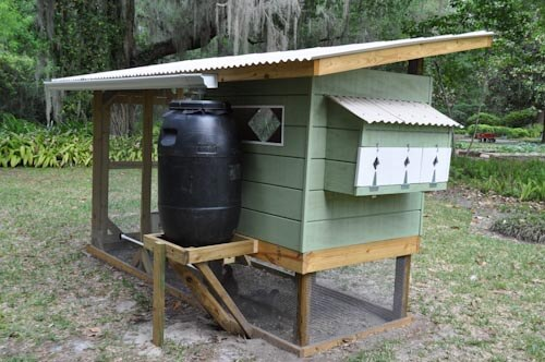 retro chicken coop
