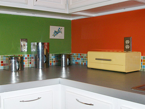 kitchen-counter-retro-mod