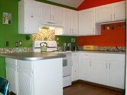 retro-mod-kitchen-colorful