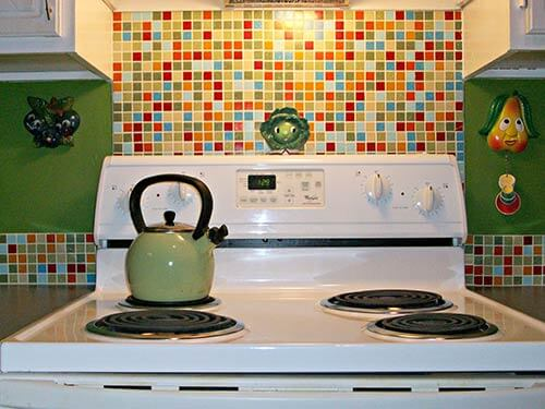 retro-modern-backsplash