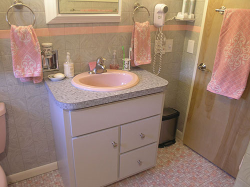Lovely Retro Modern Bath Vanity