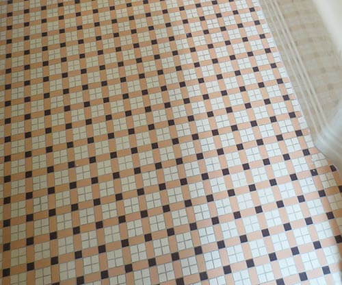 vintage-plaid-tile-floor