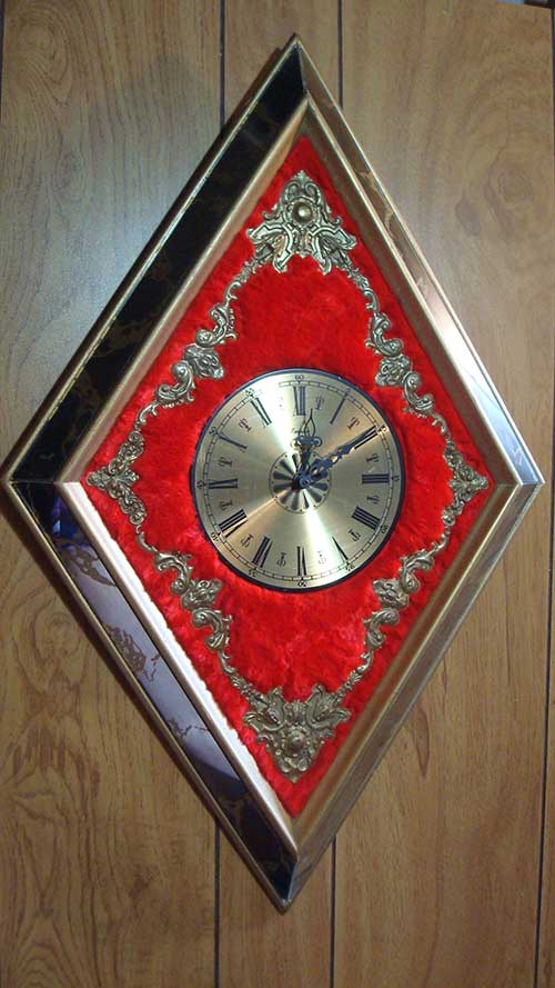 retro diamond clock