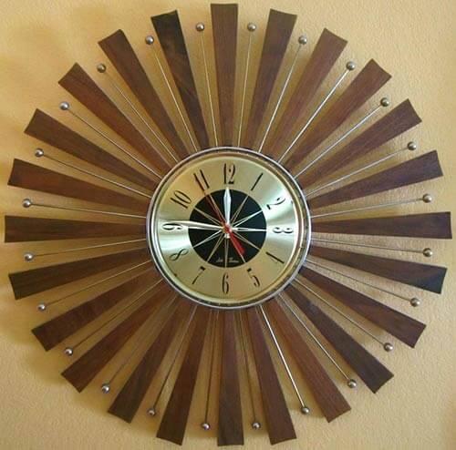 mid-century-starburst-clock