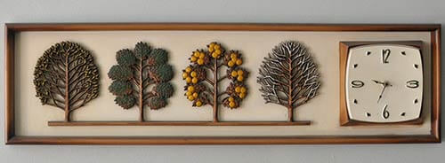 retro tree clock