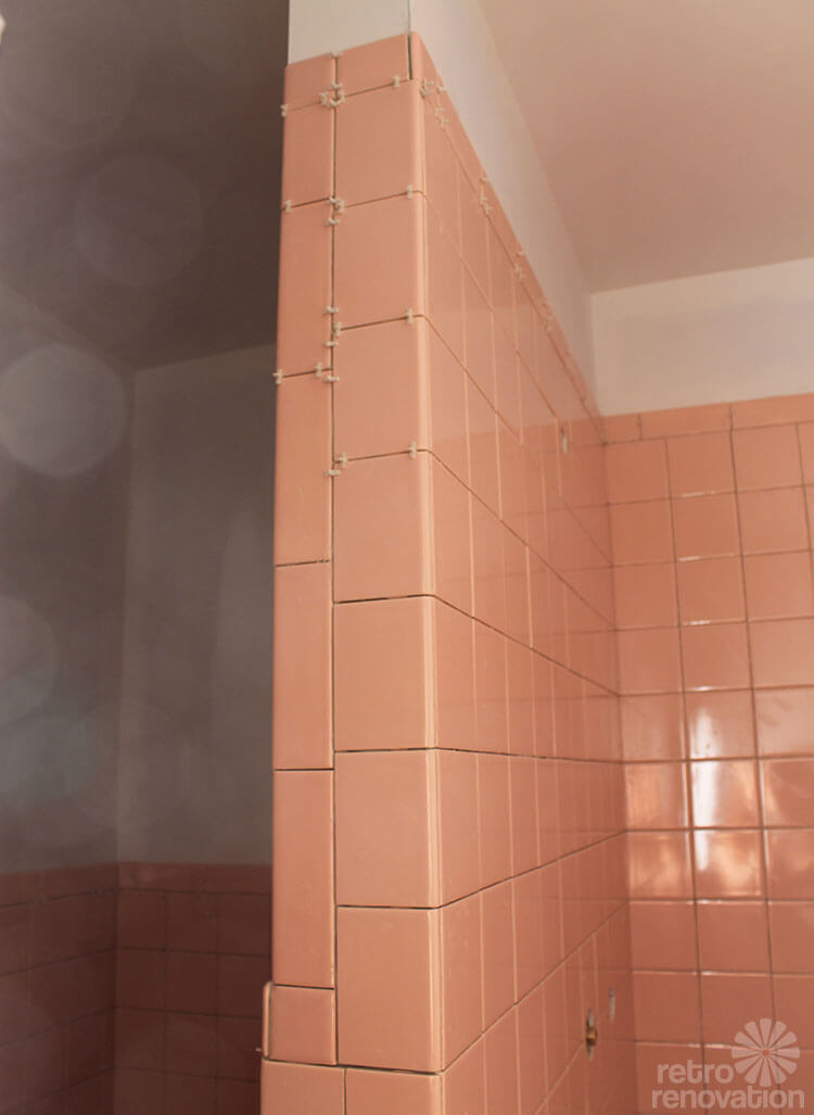 Kate finishes installing her B&W pink bathroom wall tiles - finally ...
