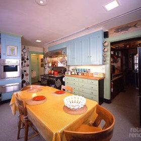 julia-childs-kitchen
