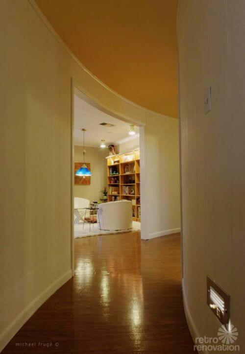 mid-century-round-hallway